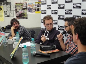 Fábio Zimbres, eu, Lucas Varela (com o microfone) e Vitor Caffagi no lançamento da Fierro 2, na Itiban.